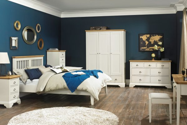 Hampstead Soft Grey & Oak Bedroom