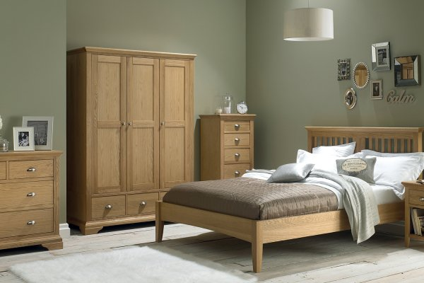 Hampstead Oak Bedroom