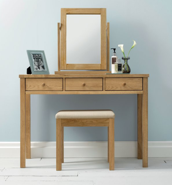 Gallery Collection Atlanta Oak Dressing Table