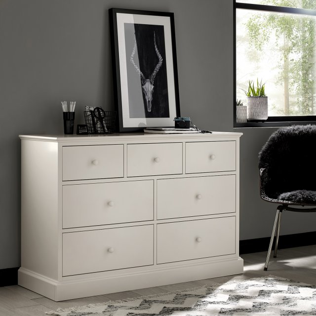 Premier Collection Ashby White 3+4 Drawer Chest