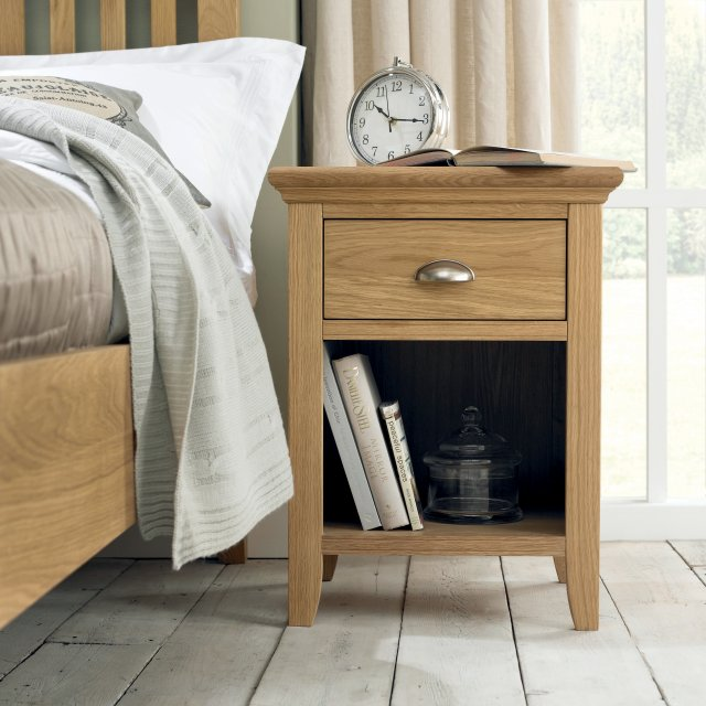 Premier Collection Hampstead Oak 1 Drawer Nightstand