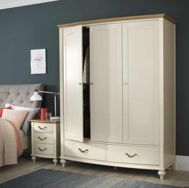 Premier Collection Montreux Pale Oak & Antique White Triple Wardrobe