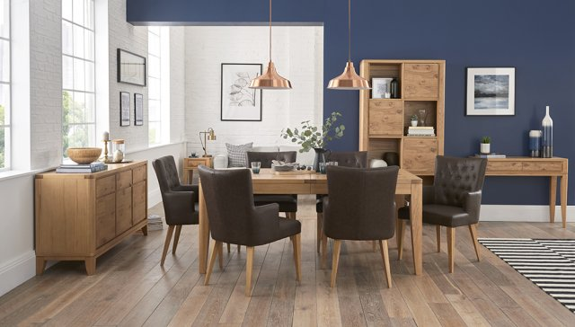 Signature Collection High Park Knotty Oak Dining Set - 6-8 Table & 6 Distressed Bonded Leather Armchairs